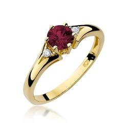 Pierścionek z trzema kamieniami żółte białe złoto z rubinem