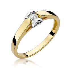 Złoty pierścionek zaręczynowy serca z cyrkonią Od Serca