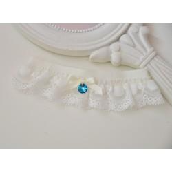 Podwiązka ślubna z koroneczką i niebieskim kryształkiem