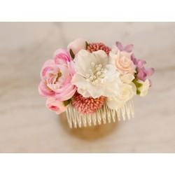 Grzebyk do włosów - ozdoba w odcieniach różu