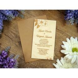 drewniane zaproszenia ze wzorem dzikiej róży