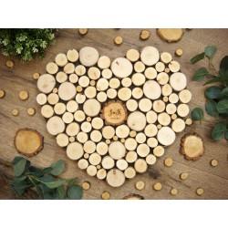 księga gości w kształcie serca z plastrami drewna