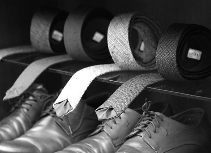 Zorganizuj swoją garderobę. Jak przechowywać ubrania, buty i dodatki?