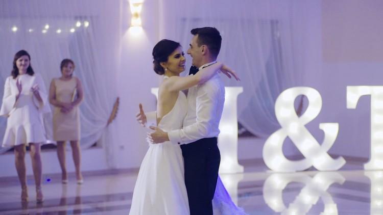 Takiego pierwszego tańca życzymy wszystkim naszym parom!