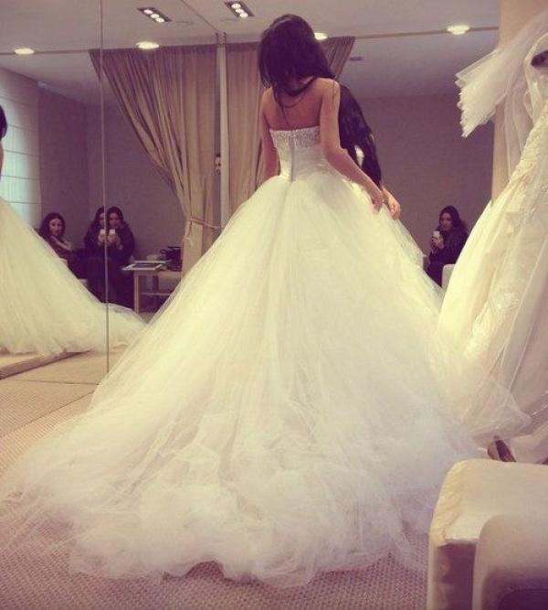 Wspólne Suknia ślubna typu princeska BV-02