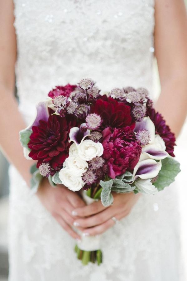 piękne i modne bukiety ślubne Ślub na g�owie