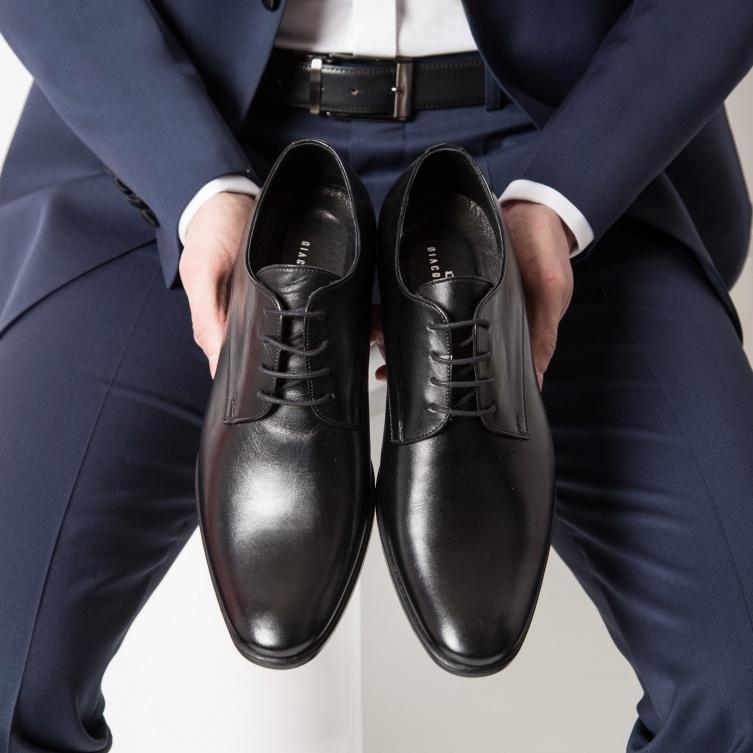 Buty do garnituru – zasady łączenia kolorów