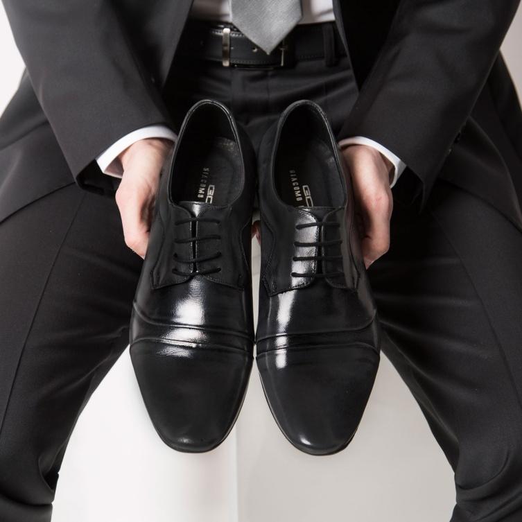 120a5545ff54d Buty do garnituru – zasady łączenia kolorów