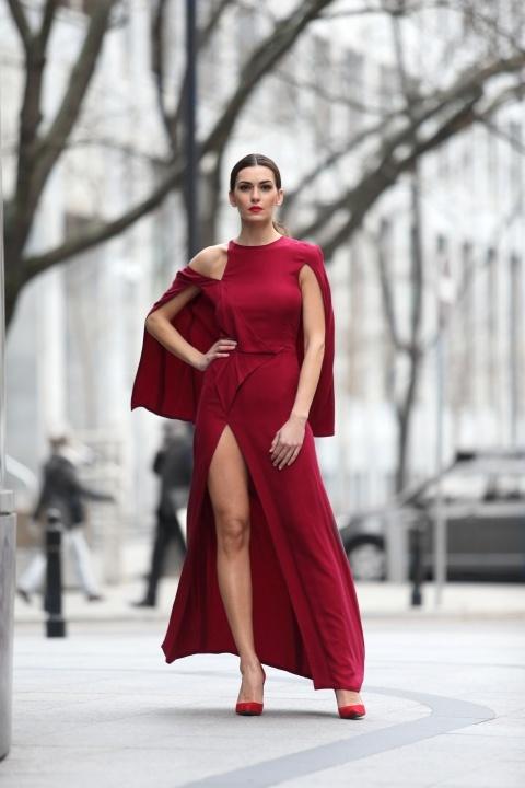 fe88b01605 Dotyczy to szczególnie sukienek koktajlowych i wieczorowych