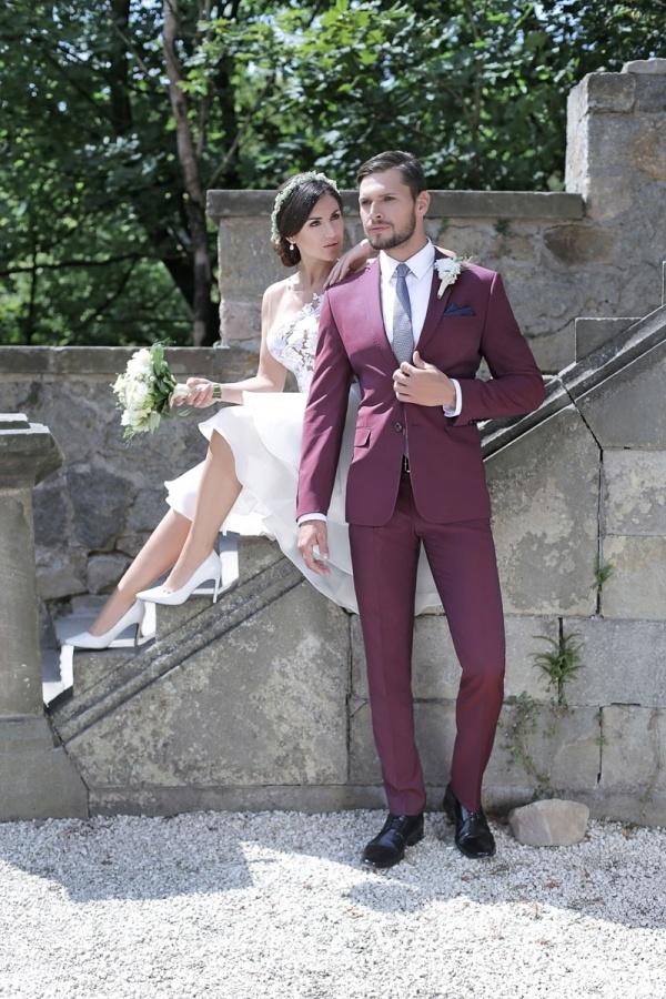 6e9d95c5b8 Jak wybrać garnitur ślubny dla wysokiego faceta