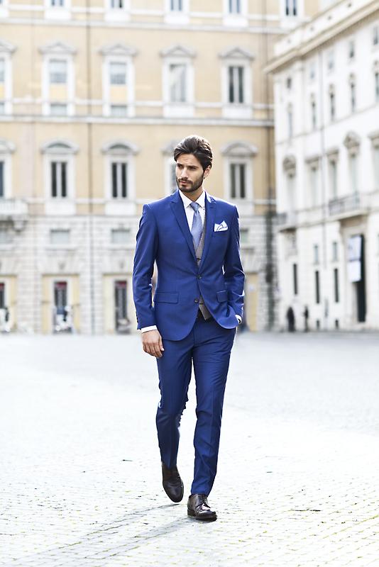 c39d7aea9b439 Elegancki garnitur to podstawa stroju każdego Pana Młodego, ale o  charakterze całej stylizacji przesądzają dodatki. Wbrew pozorom, ich wybór  jest większy ...