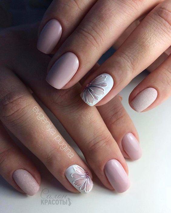 Porady Dotyczące ślubnego Manicure'u