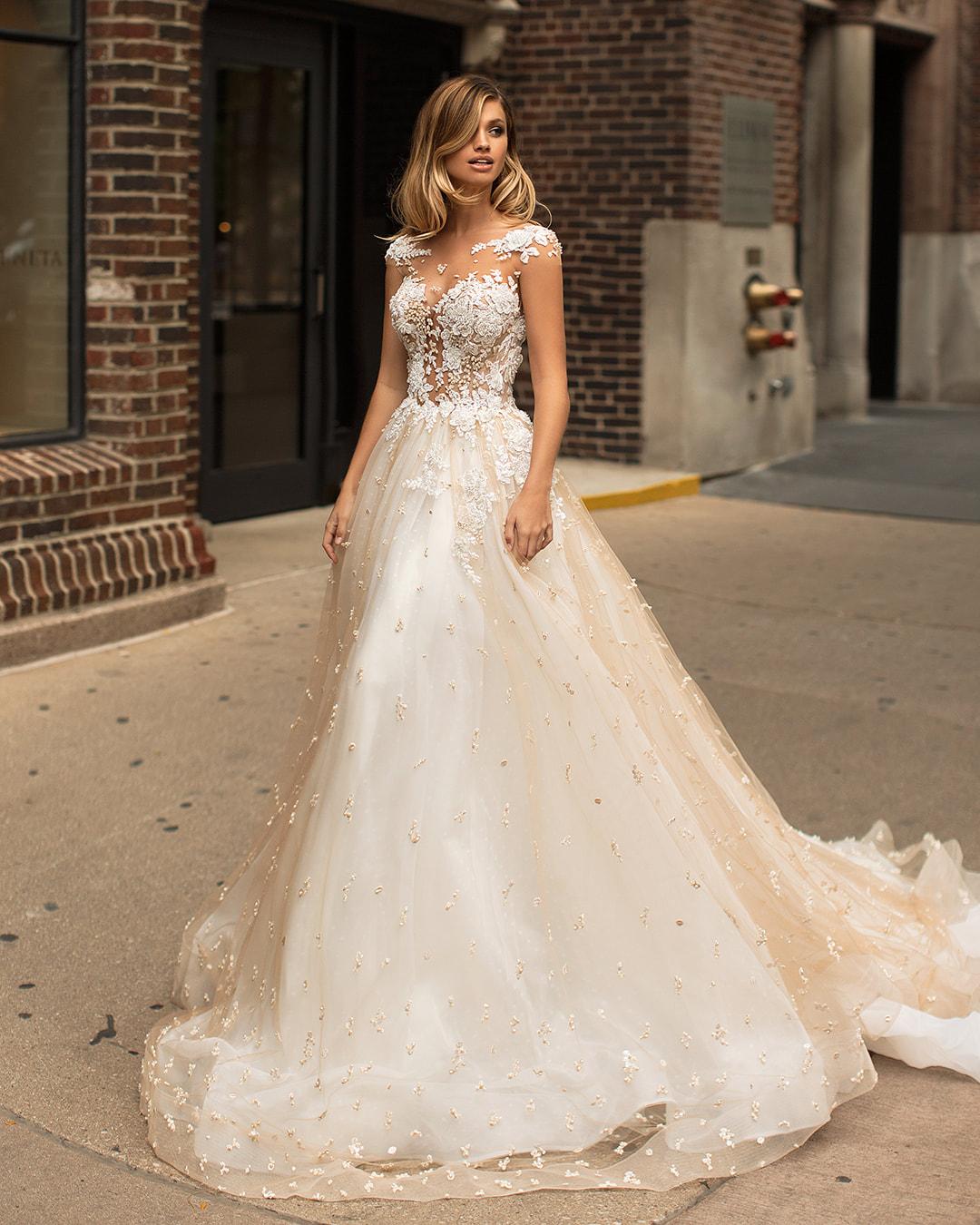 3e0f01d5 10 projektantów sukni ślubnych, których chcesz znać