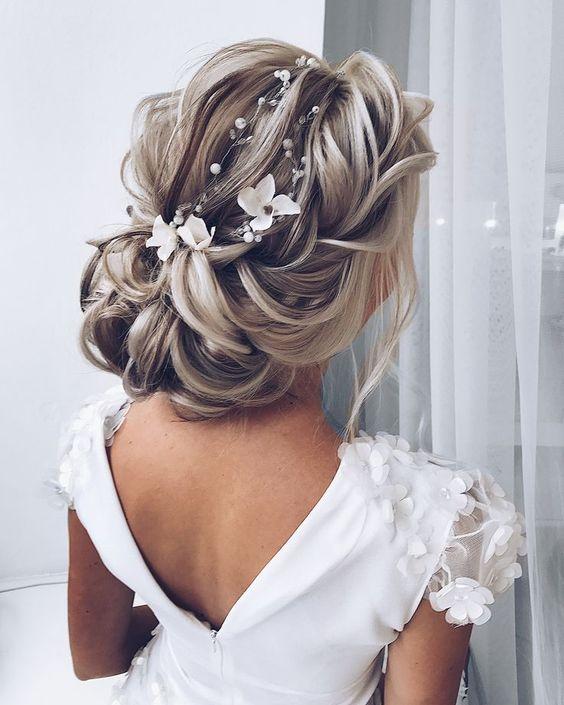 Wedding Hairstyle Trends 2019: TRENDY W ŚLUBNYCH FRYZURACH NA SEZON 2019/2020
