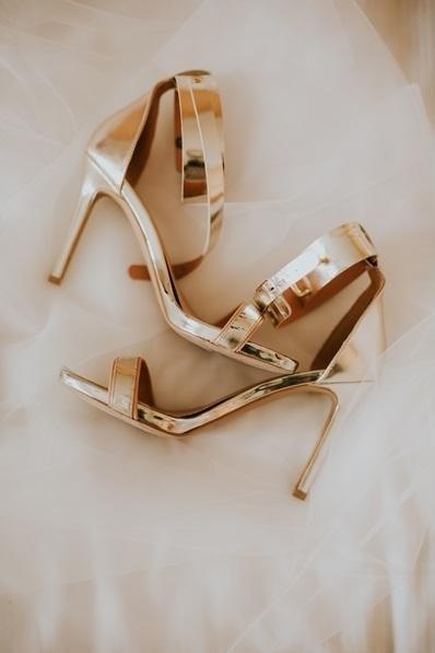 Najgorętsze buty ślubne luksusowo vs. ekonomicznie